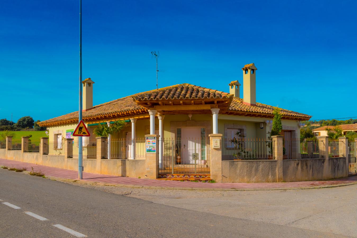 Villa Gallart- 8 a14 personas